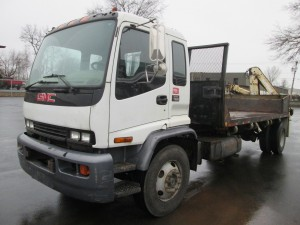 2002 GMC Cabover T7500 Flatbed Truck