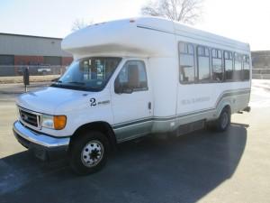 2006 Ford E-450 Bus