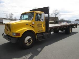 2001 International 4900 Single Axle Flatbed Truck