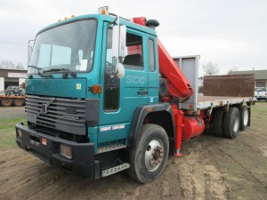 1991 Volvo Cabover Knuckle Boom Truck