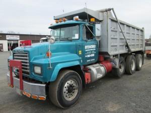 2000 Mack RD688S Triaxle Dump Truck