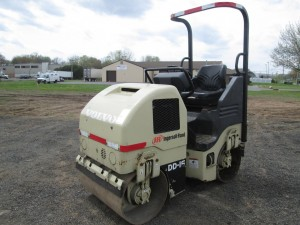 Ingersoll Rand DD-14 Double Drum Vibratory Roller