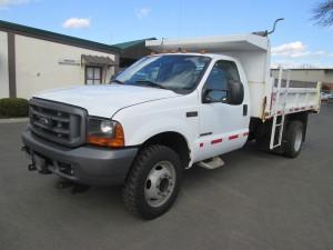2001 Ford F-550 XL Dump Truck