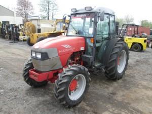2010 McCormick F90 Tractor