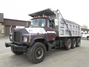 1987 Mack U Model Triaxle Dump Truck