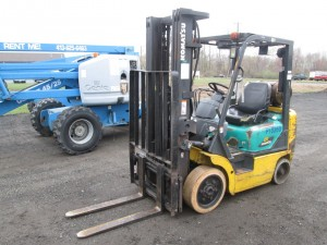 Komatsu FG20ST-12 Propane Powered Forklift