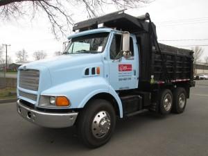 1997 Ford Louisville Single Axle Dump Truck