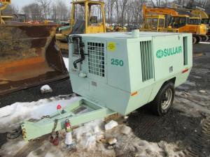 Sullair 250 DPO2WJD Tow Behind Air Compressor