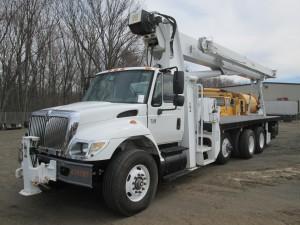 2007 International 7500 Triaxle Crane Truck