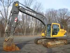 2005 Volvo EC160B LC Hydraulic Excavator