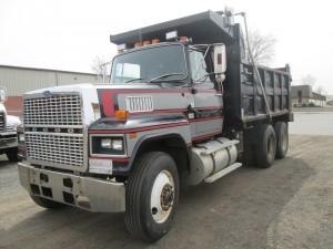 1987 Ford LTL9000 T/A Dump Truck