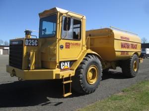 1988 Caterpillar D25C Water Wagon