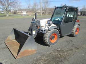2012 Bobcat V417 Telescopic Lift