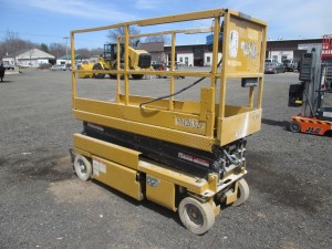 1996 Grove SM2632E Electric Scissor Lift