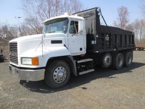 2002 Mack CH613 Tri/A Dump Truck