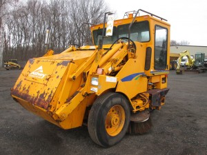 2000 Athey 3WS Mobile Sweeper
