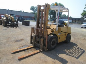 Toyota Propane Powered Pneumatic Tire Forklift