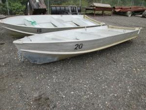 2002 Starcraft 13' Aluminum Boat