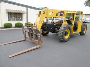 2008 Caterpillar TL943 Telescopic Forklift