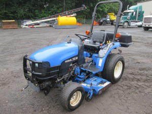 New Holland TC18 Tractor