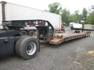1997 Fontaine TB50 Lowbed Tri/A Trailer