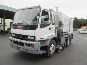2005 GMC T7500 Tennant Sweeper