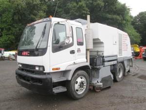 2004 GMC T7500 Tennant Sweeper