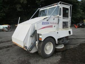 2001 Elgin Pelican Series P Sweeper