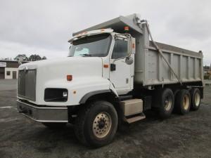2004 International 5600 Tri/A Dump Truck