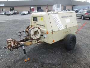 1993 Ingersoll Rand 100 Tow Behind Air Compressor