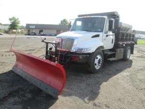 2005 International 4200 S/A Dump Truck