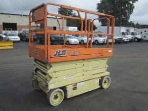 2002 JLG 2646E2 Electric Scissor Lift