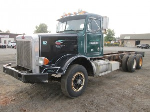 1989 Peterbilt 357 T/A Cab and Chassis