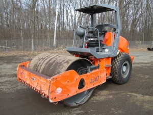 2013 Hamm 3307 Smooth Drum Vibratory Roller