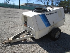 Ingersoll Rand 185 Tow Behind Air Compressor