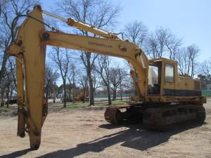 1985 Caterpillar 235B Hydraulic Excavator