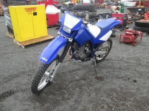 Yamaha TTR250 Dirt Bike