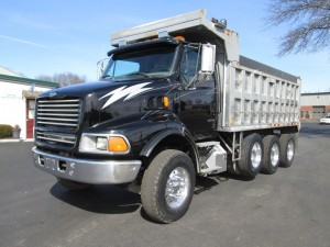1999 Sterling LT9513 Triaxle Dump Truck