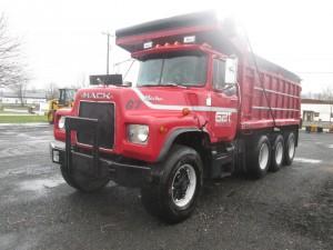 1980 Mack DM686 Tri/A Dump Truck