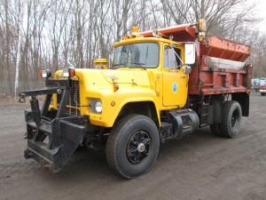 1990 Mack RD690P S/A Dump Truck