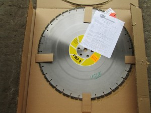 "(1) 24"" DSI Diamond Tip Saw Blade"