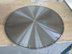 "(1) 20"" Diamond Tip Saw Blade"