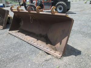 """Hewitt 130"""" Side Dump Bucket With BOCE"""