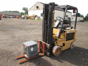 Hyster E35XL Electric Forklift
