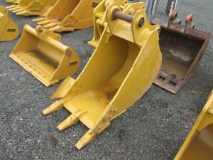"""Caterpillar 24"""" Excavator Bucket"""