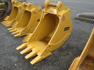 "Diesel 18"" Excavator Bucket"