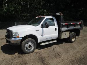 2003 Ford F-550 XL S/A Dump Truck