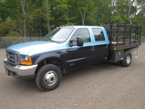 1999 Ford F-350 XL Flatbed Truck