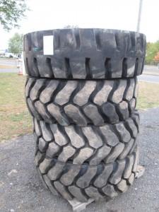 (4) 17.5R25 Radial Wheel Loader Tires