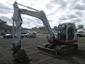 2001 Takeuchi TB175 Hydraulic Excavator